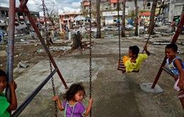 Chật vật cuộc sống của những đứa trẻ sau bão Haiyan