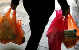 Bờ Biển Ngà: Mâu thuẫn kinh tế quanh lệnh cấm túi nhựa nilon