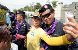 Thái Lan: Căng thẳng tháo ngòi, Bangkok chuẩn bị sinh nhật nhà vua