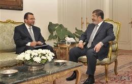 Ai Cập bắt giữ Thủ tướng Hisham Qandil