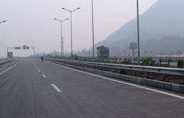 Thông xe đoạn đầu tiên tuyến cao tốc Hà Nội - Lào Cai