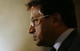 Pakistan: Cựu Tổng thống Musharraf đi cấp cứu khi hầu tòa