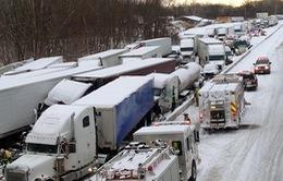 Mỹ: Tai nạn giao thông liên hoàn
