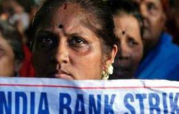 Nhân viên ngân hàng ở Ấn Độ đình công