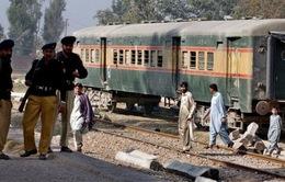 Pakistan: Đánh bom tàu tốc hành, 5 người thiệt mạng