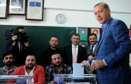 Thổ Nhĩ Kỳ: Thủ tướng Erdogan tuyên bố chiến thắng