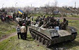 Quân đội Ukraine tấn công người biểu tình, 3 người thiệt mạng