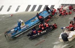 Tổng thống Hàn Quốc thị sát hiện trường vụ chìm tàu Sewol