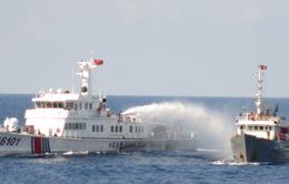 Trung Quốc tiếp tục ngăn chặn lực lượng thực thi pháp luật của VN tiếp cận giàn khoan