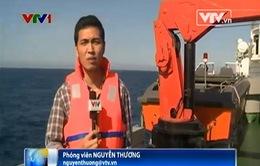 Cập nhật ngày 21/5: Trực thăng Trung Quốc chụp ảnh tàu Cảnh sát biển 8003