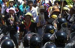 Thủ tướng tạm quyền Thái Lan hối thúc quân đội hành động