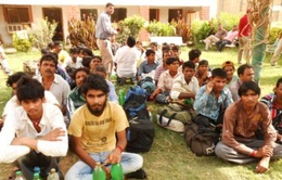 Pakistan phóng thích hàng chục tù nhân Ấn Độ