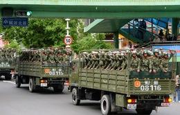 Trung Quốc bắt 1,8 tấn vật liệu dùng chế tạo thiết bị nổ ở Tân Cương