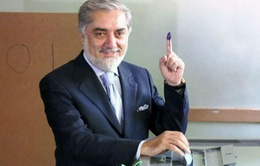 Ứng viên Tổng thống Afghanistan yêu cầu dừng công tác kiểm phiếu