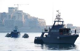 Hải quân Italy cứu hàng nghìn người nhập cư trái phép