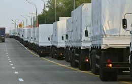 Ukraine cho phép hàng viện trợ của Nga vào miền Đông