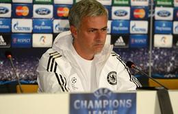"""Mourinho """"xù lông nhím"""" với truyền thông, bỏ ngang họp báo"""
