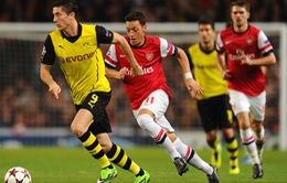 """Thắng oanh liệt Arsenal, sao Dortmund """"nổ"""" vang trời"""