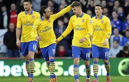"""VIDEO: Arsenal """"vùi dập"""" Cardiff ngay trên sân đối phương"""