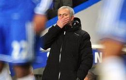 """Trước đại chiến, Mourinho """"trù ẻo"""" Suarez dính chấn thương"""