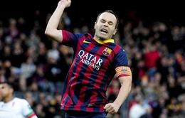 """Iniesta """"ngán tận cổ"""" giới truyền thông"""