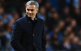 """Nửa năm ở Chelsea: Jose Mourinho vẫn """"đặc biệt"""""""
