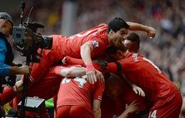 """Man City """"lấm lưng"""" tại Anfield do trọng tài?"""