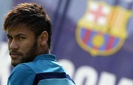 """Neymar """"đứng núi này, trông núi nọ"""""""