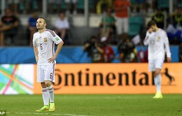 """Iniesta chưa """"hoàn hồn"""" sau trận đại bại 1-5 trước Hà Lan"""