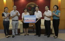 Tổng Công ty Điện lực Hà Nội ủng hộ 700 triệu đồng cho chương trình Biển đảo Quê hương