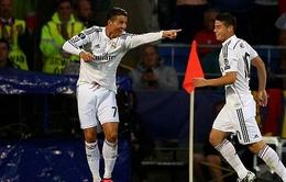 """""""Hung thần"""" Ronaldo hủy diệt Sevilla, Real đoạt Siêu cúp châu Âu"""