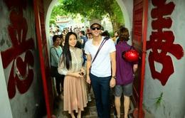 Tài tử xứ Hàn cùng Ngô Thanh Vân dạo phố Hà Nội