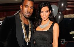 """Kanye West  """"mờ mắt"""" vì tình?"""