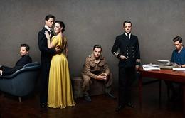 """""""Cha đẻ"""" của điệp viên 007 quyến rũ trong series phim mới"""