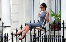 """""""Bước ngoặt lịch sử"""" của Victoria Beckham"""
