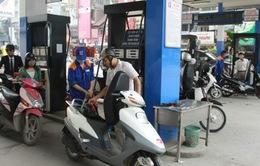 Quản lý chặt việc tăng giá hàng hoá theo giá xăng dầu
