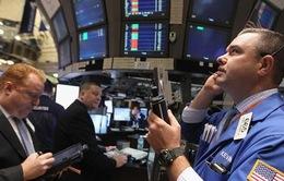 S&P 500 có phiên giảm điểm mạnh nhất trong năm