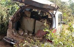 Tìm thấy 4 nạn nhân và chiếc xe bị mất tích tại tràn Khe Ang