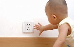 Sơ cứu khi trẻ bị điện giật