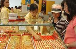 Siết chặt điều kiện kinh doanh vàng nữ trang