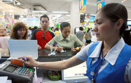Người tiêu dùng lạnh nhạt với thanh toán bằng thẻ