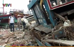 Quảng Bình: Hàng nghìn tàu thuyền đối mặt hiểm họa vùng cửa biển