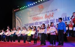 Đêm hội thắp sáng ước mơ học sinh sinh viên Đắk Lắk