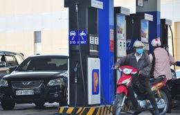 DN đầu mối xăng dầu lãi hơn 200 đồng/lít