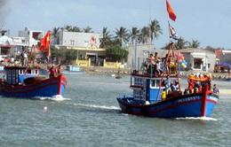 Ngư dân Quảng Ngãi ra quân đánh bắt đầu năm