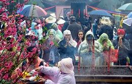 Tắc đường về chùa Hương