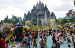 TP.HCM: Lượng khách đến các khu vui chơi tăng đột biến