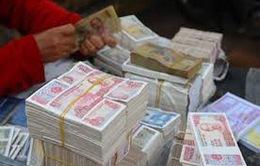 Dịch vụ đổi tiền lẻ vẫn diễn ra công khai mùa lễ hội