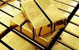 Giá vàng giảm, giá USD niêm yết tại các NHTM giảm nhẹ