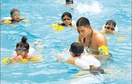 Cấp thiết đưa môn bơi lội vào trường học